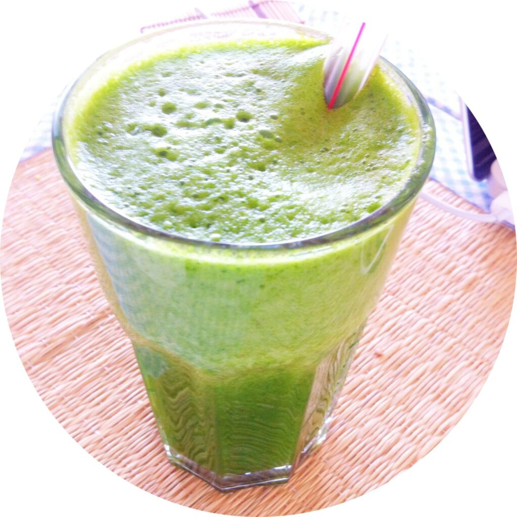 PSLily Boutique: Homemade, green juice recipe