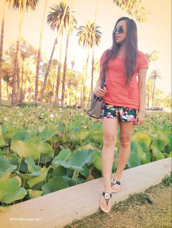 instagram-pslilyboutique, la fashion blogger, best fashion blogger, top fashion blogger, shorts, top, bag, sunglasses, sandals
