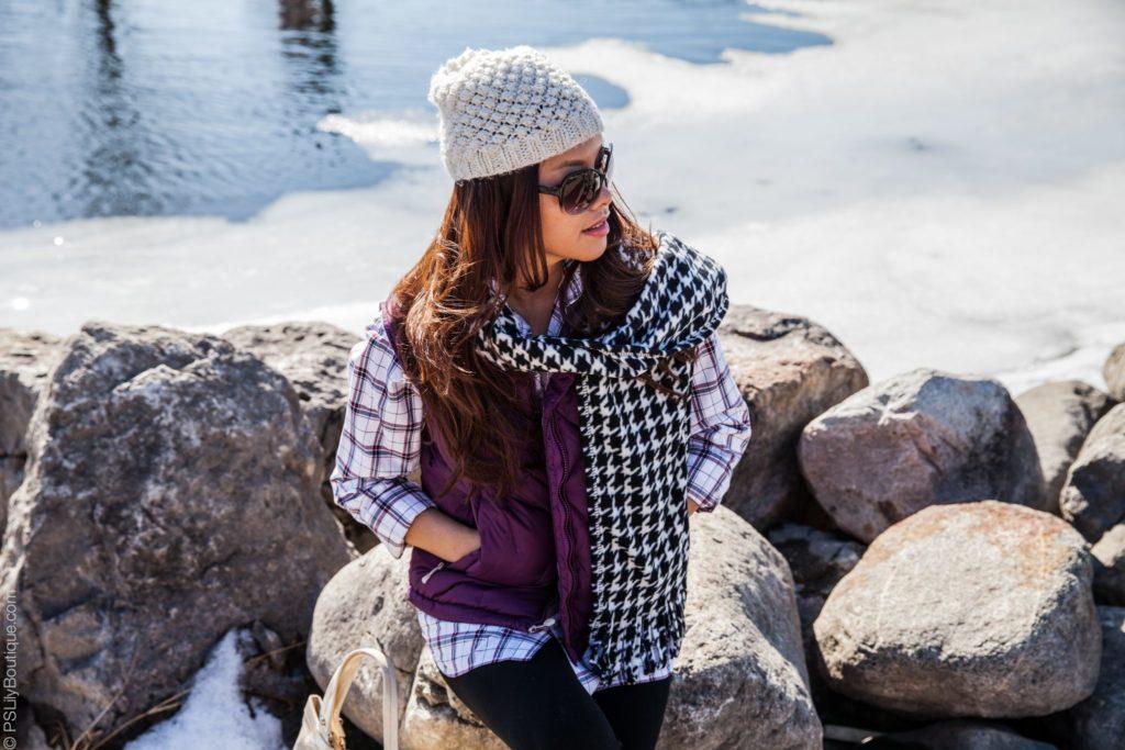 pslilyboutique-fashion-blogger-black-and-white-houndstooth-scarf, Instagram @pslilyboutique