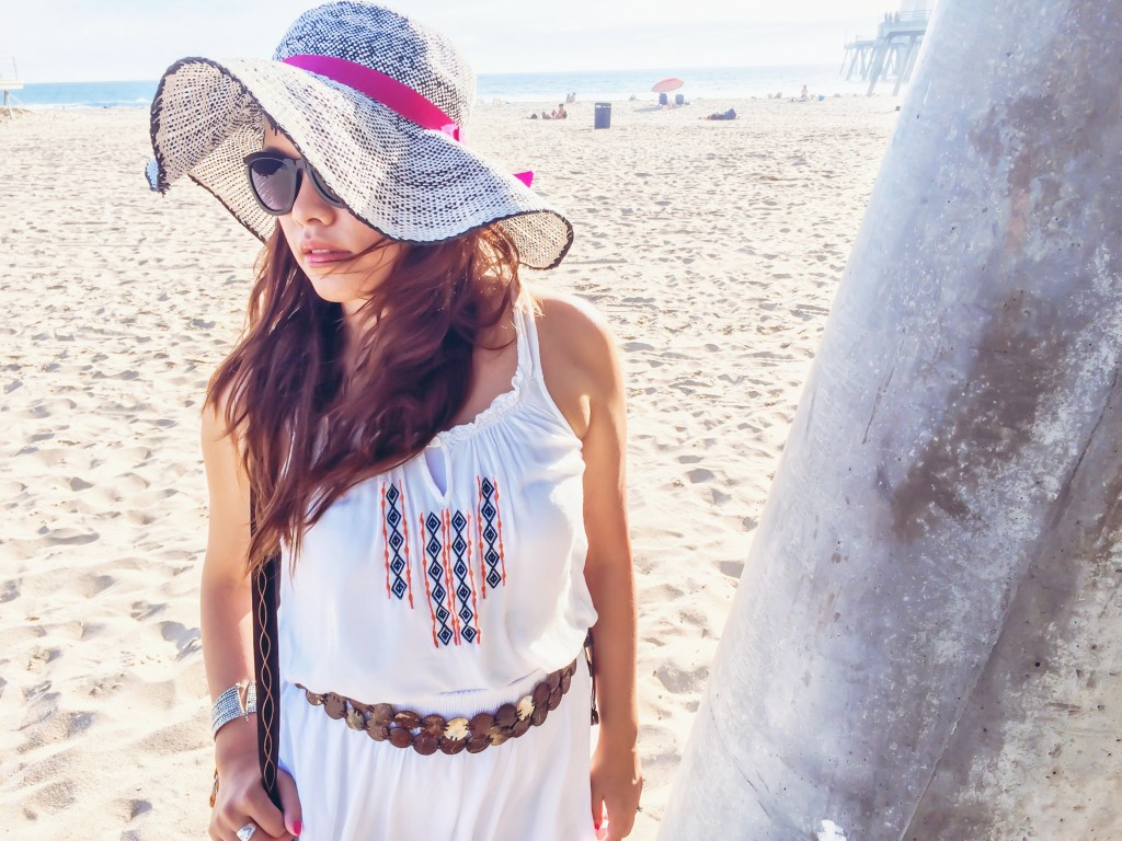 follow-me-on-instagram-pslilyboutique-los-angeles-fashion-blogger-love-tree-happens-white-embroidered-tank-top-vintage-mother-of-pearl-boho-belt-10-25-15
