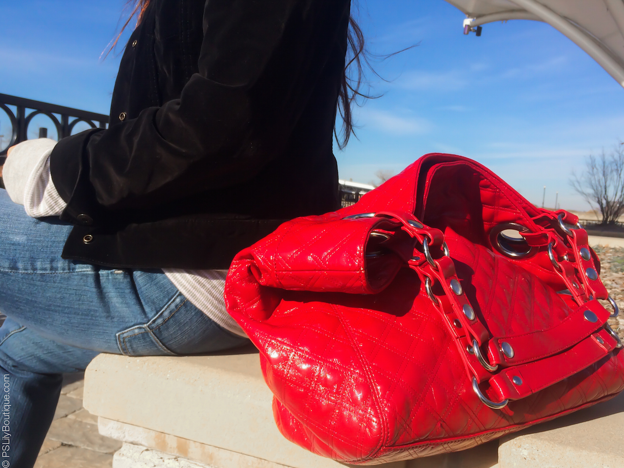instagram-pslilyboutique-steven-by-steve-madden-red-quilted-tote-bag-my-style-11-21-16