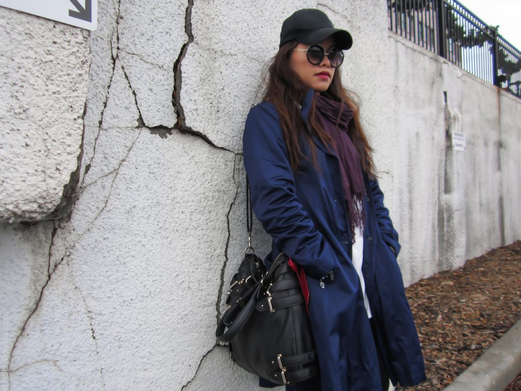 instagram-pslilyboutique-los-angeles-fashion-blogger-best-fashion-blogs-black-urban-outfitters-bag-red-bow-blue-dkny-coat-ootd-wiw-12-28-2016-day-tripper