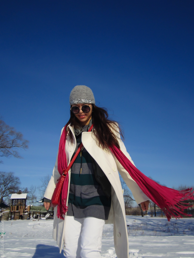 instagram-pslilyboutique-pinterest-winter-fashion-2016-red-scarf-with-fringe-caslon-gray-green-stripe-tunic-sweater-bananarepublic-white-skinny-jeans-gray-embellished-top-fashion-blog-12-21-16
