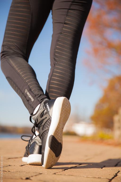 instagram-pslilyboutique-reebok-dance-running-shoes-black-reekbok-mesh-leggings-12-1-2016