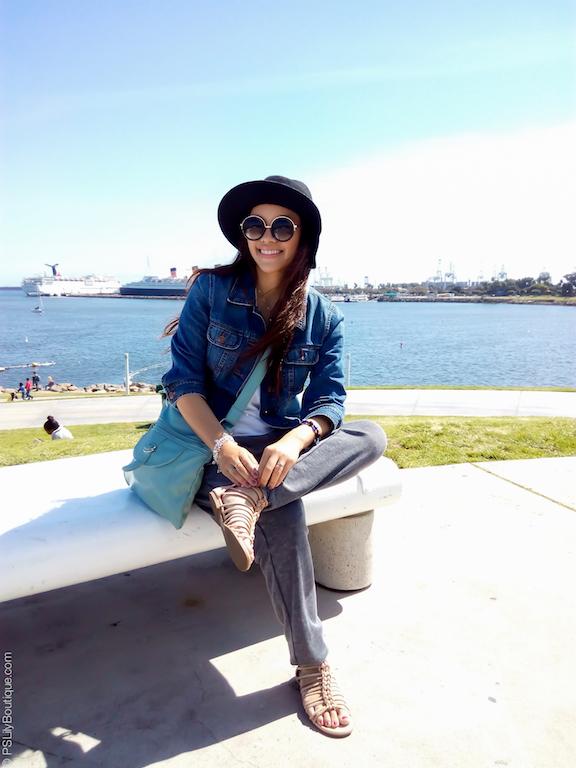instagram-pslilyboutique-pslilyboutique-los-angeles-fashion-blogger-black-floppy-hat-gladiator-sandals-queen-mary-boat-travel-blog-street-fashion-2017