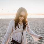 instagram-pslilyboutique-pinterest-Santa-Monica-los-angeles-fashion-blogger-beach-one-fine-day-spring-2019-outfit-idea-lucky-brand-gold-sunglasses-1-29-19-33